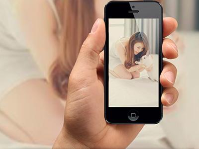 Khung ảnh iphone 5 cầm tay