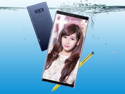 Khung ảnh điện thoại Galaxy Note 9 dưới nước