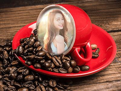 Tách cafe màu đỏ